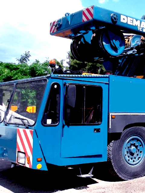 gruas-moviles-04-Sobre-camion